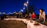 a-passo-d-uomo-in-festa-cena-artisti-008