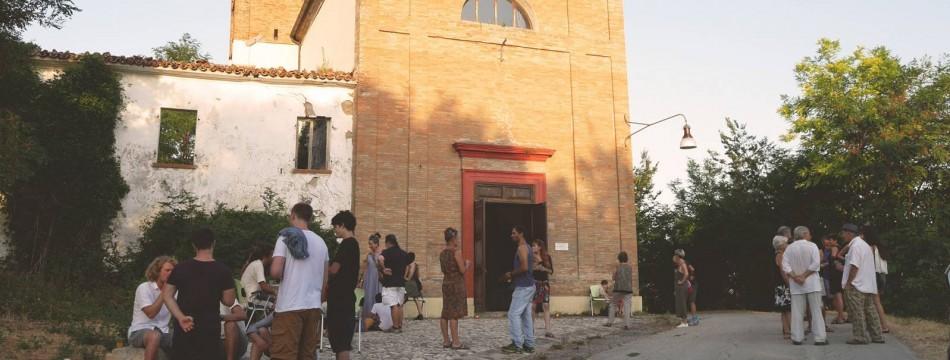 03_apassoduomo_esterno-chiesa-farneto-rid